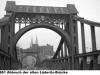 blick-auf-alte-luederitz-bruecke-richtung-bremen-altstadt-1961